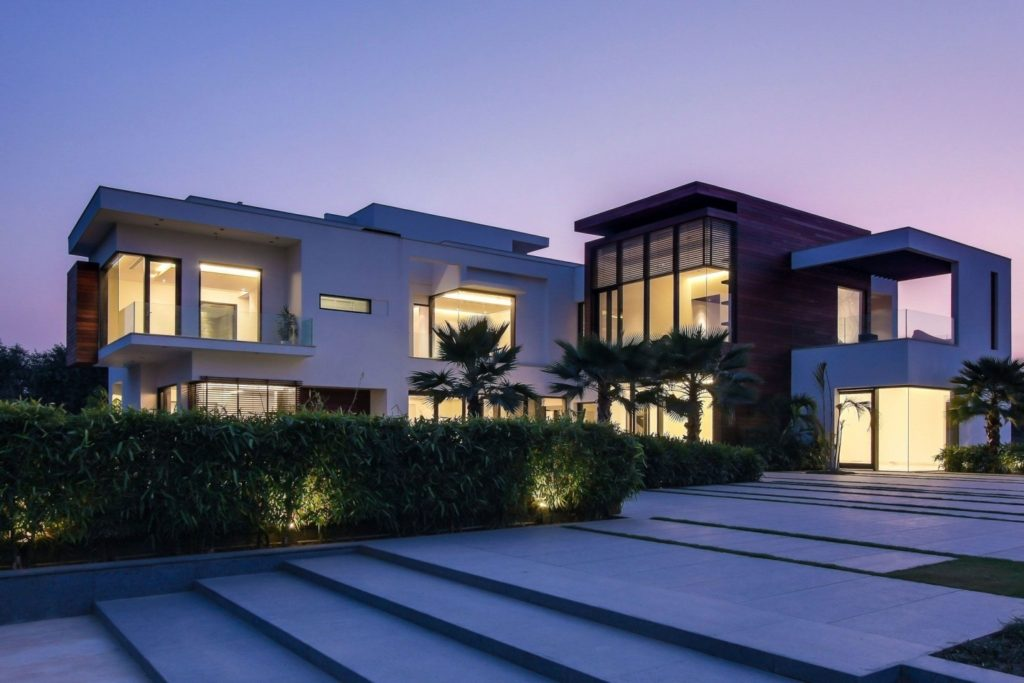Tips to make your luxury custom home eco-friendly