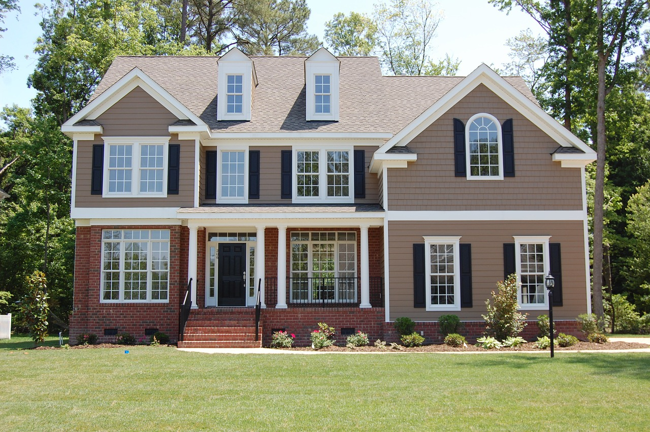 Etiquette Tips For Working With A Custom Home Builder