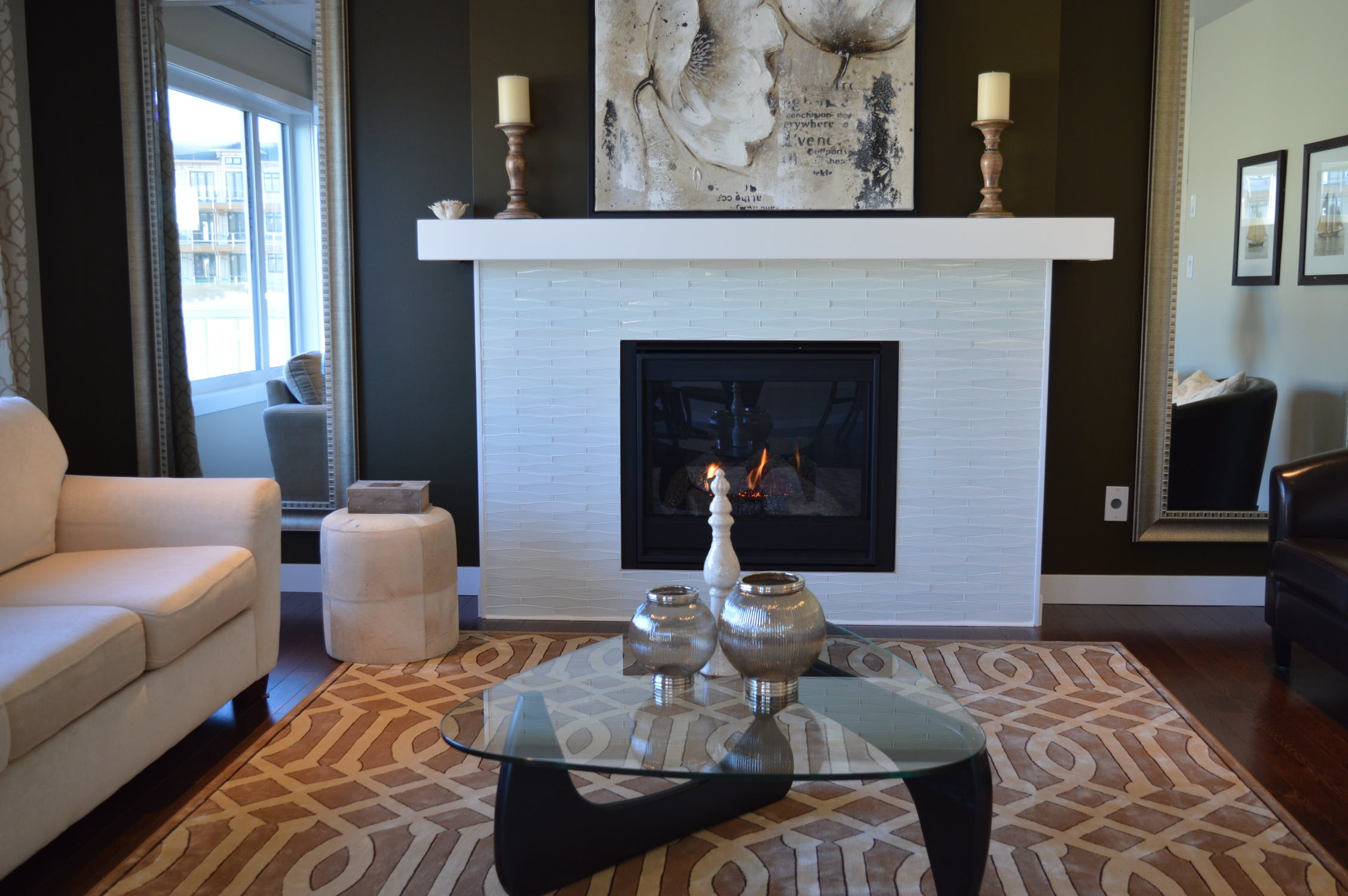 A Guide to All the Types of Indoor Fireplaces