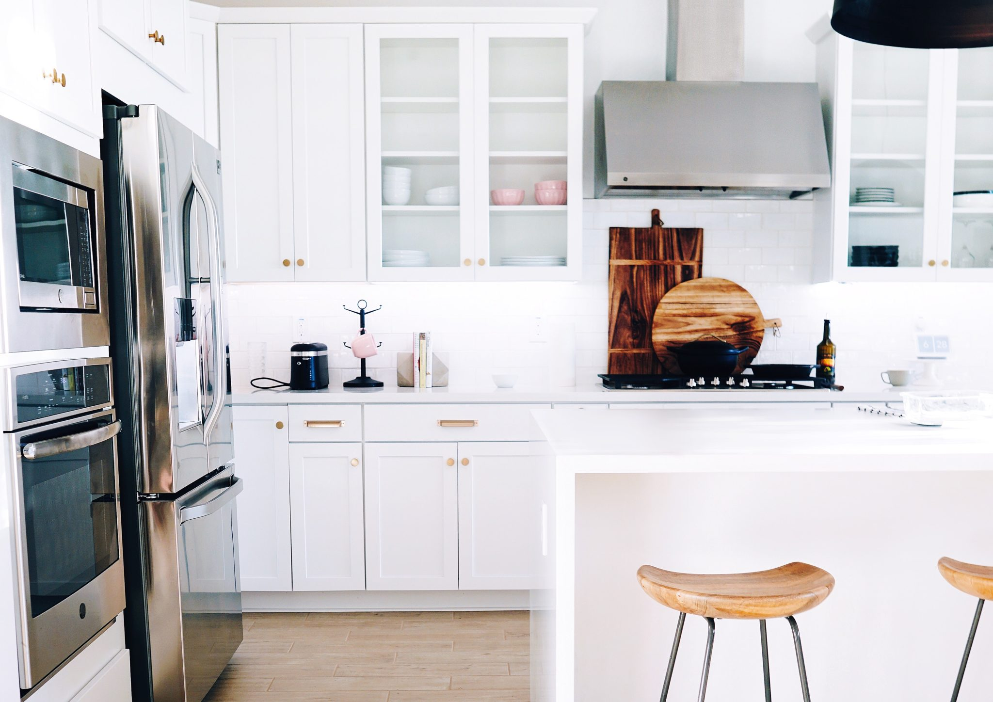 best-and-worst-places-for-a-microwave-sina-architectural-design-toronto-custom-home-builders
