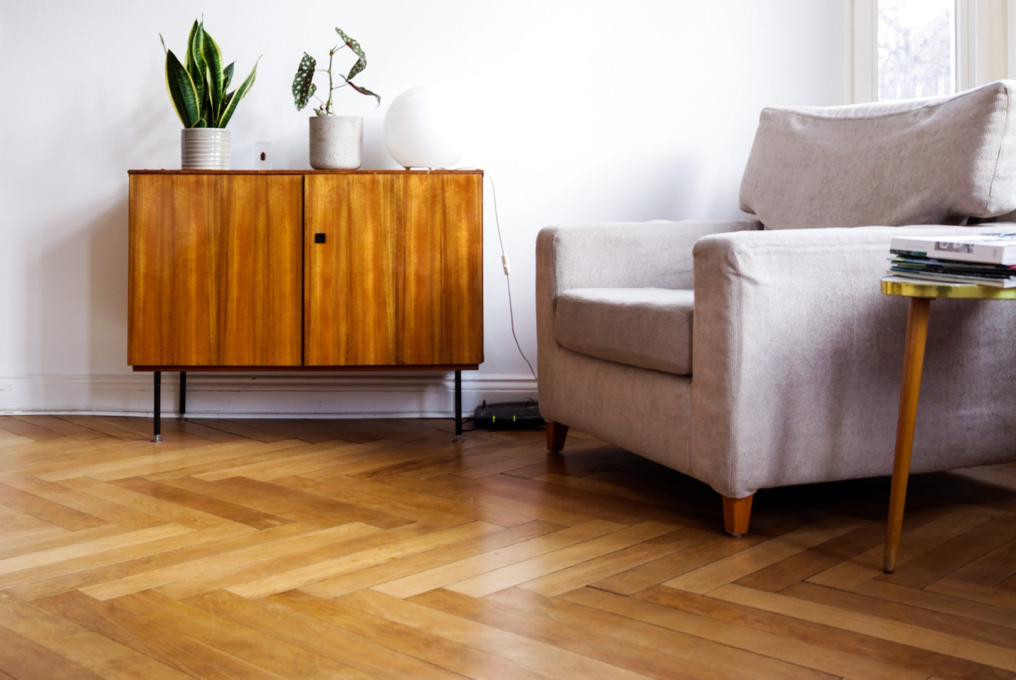 Everything to Know about Refinishing Hardwood Floors-Sina Architectural Design | Toronto Custom Home Builders