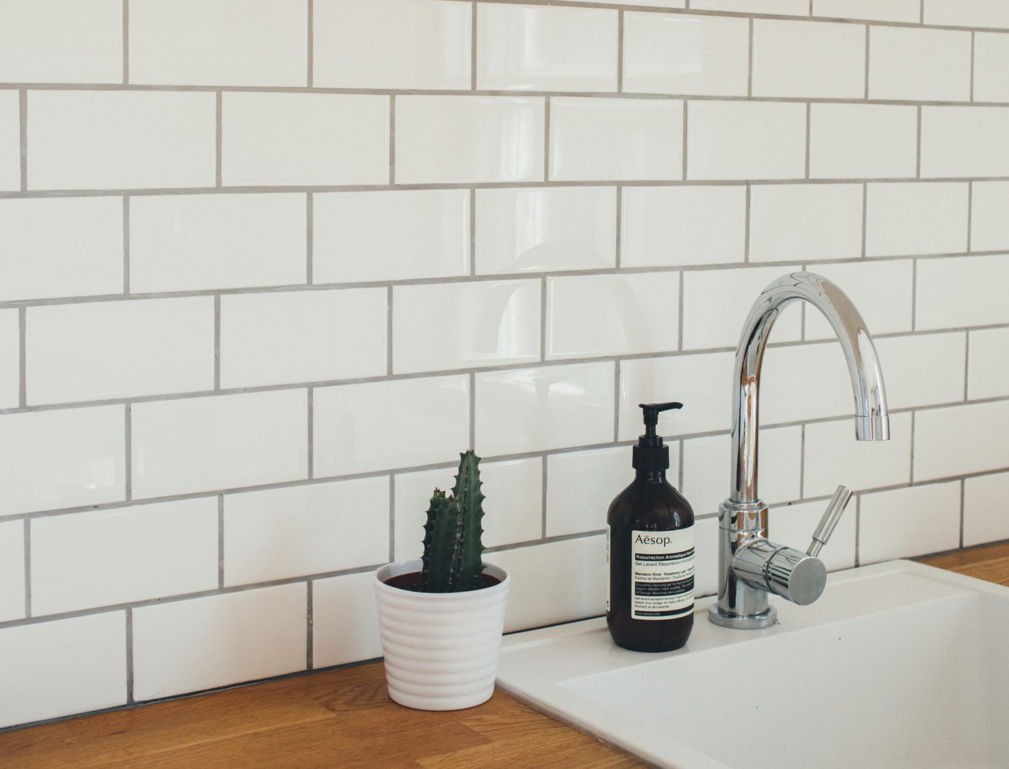 5 Pro Tips for Choosing Tile Grout Color-Sina Architectural Design